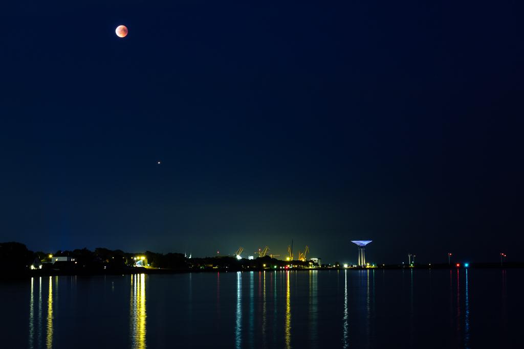 180727_bloodmoonMars_197 --- landskrona, nature